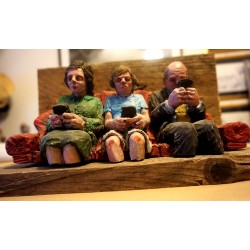 ISAAC CORDAL - New Family