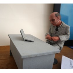 Isaac Cordal - The Scrivener - Sculpture